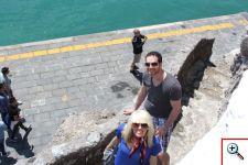 Jenny & Joe ascending the beach stairs in Positano