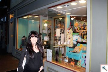 Jill in front of Fabricate in Northside, Cincinnati, OH